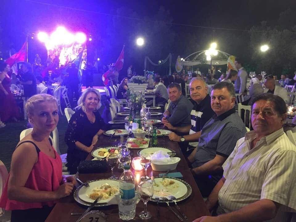 İzmir cemiyet hayatı bu düğünde buluştu 33