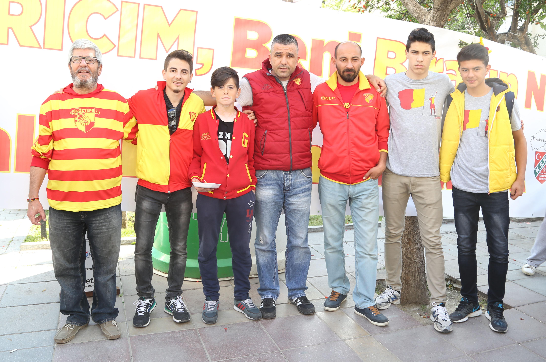 Göztepe Taraftarları Karşıyaka için Lokma Döktürdü