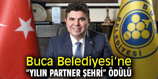"""Buca Belediyesi'ne """"Yılın Partner Şehri"""" ödülü"""