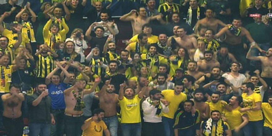 Fenerbahçeliler İtalya'yı salladı
