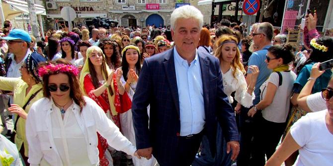 """""""En Başarılı Festival"""" ödülü Alaçatı Ot Festivali'ne"""