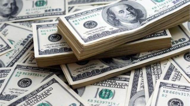 Dolar Türk Lirası Karşısında Güçlenmesini Sürdürüyor