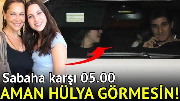 Zehra Çilingiroğlu İstanbul Gecelerinde