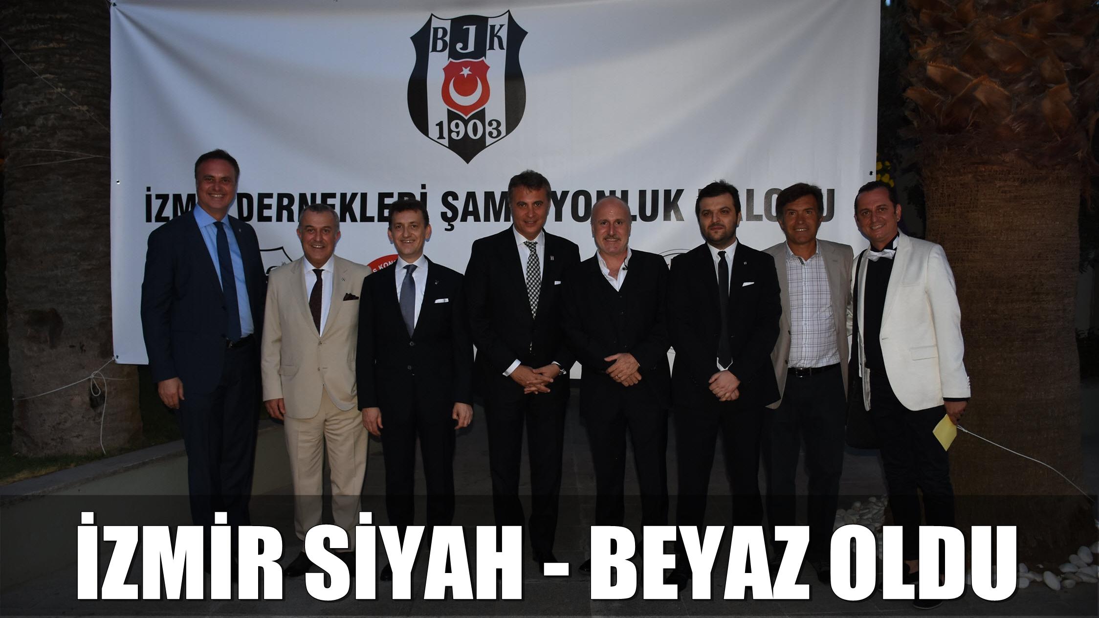 İzmir Siyah - Beyaz Oldu