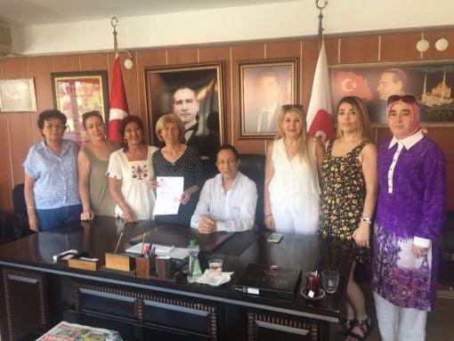 Demokrat Parti İzmir İl Başkanlığında geleneksel bayramlaşma töreni