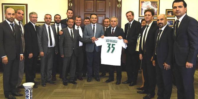 Bornova Yeşilova Spor Kulübü'nden Başkanlara ziyaret