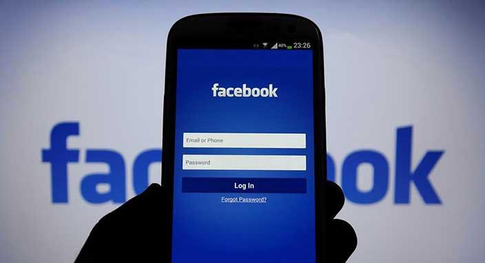Facebook Kudüs anketi için özür dilediğini....