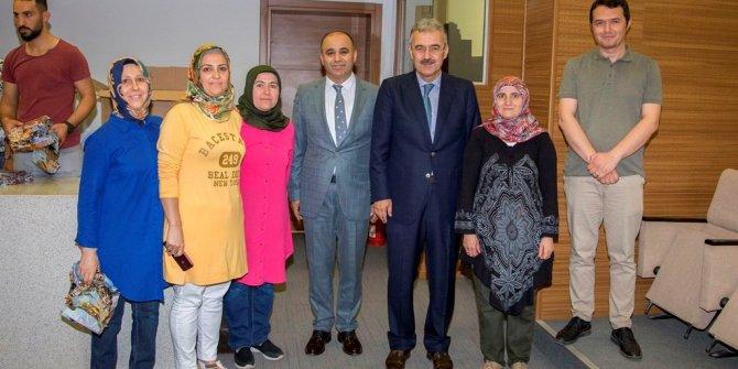 İzmir Valisi Erol Ayyıldız Milli Eğitim Müdürlüğü Çalışanlarının Ramazan Bayramı'nı Kutladı