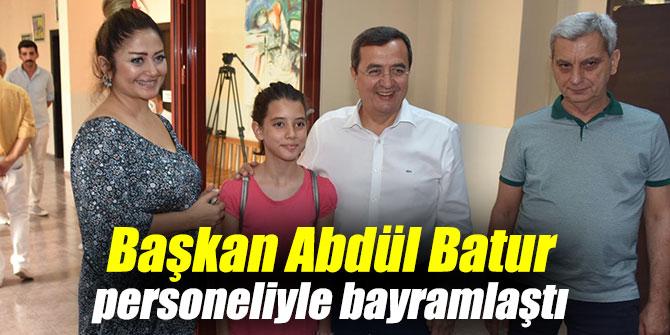Başkan Abdül Batur personeliyle bayramlaştı