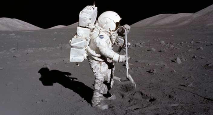 NASA Ayın yörüngesine istasyon inşa edecek