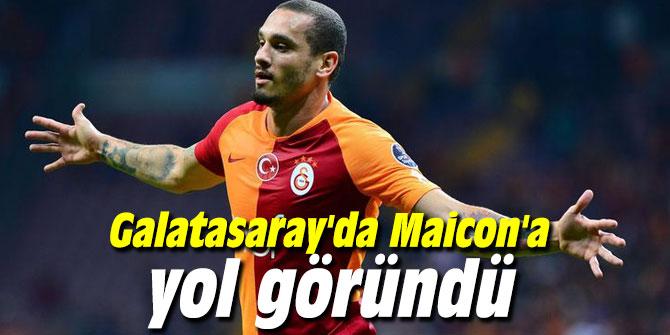 Galatasaray'da Maicon'a yol göründü