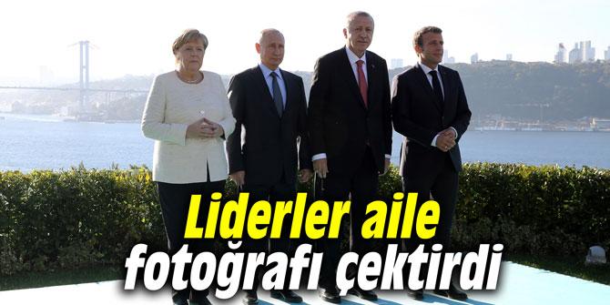 Liderler aile fotoğrafı çektirdi