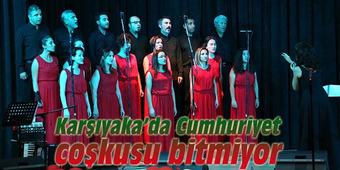 Karşıyaka'da Cumhuriyet coşkusu sürüyor