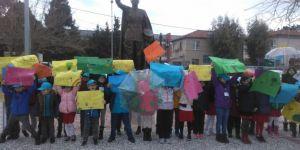 TED İzmir Koleji'nden iklim için küresel okul grevine destek