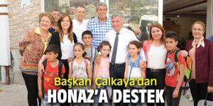 Başkan Çalkaya'dan Honaz'a destek
