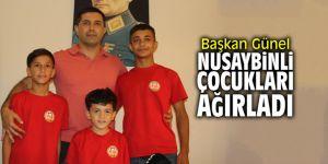 Başkan Günel Nusaybinli çocukları ağırladı