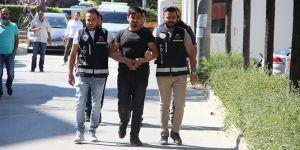 Sosyal medyadan silah pazarlayan şahıslar yakalandı