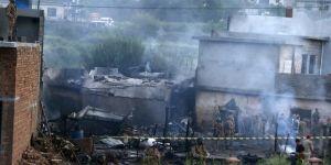 Uçak düştü! 17 kişi hayatını kaybetti