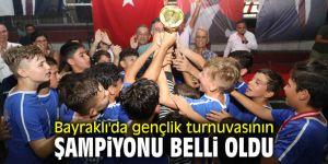 Bayraklı'da gençlik turnuvasının şampiyonu belli oldu