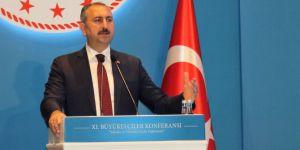 """Bakan Gül, """"Temel önceliğimiz yargının bağımsızlığı ve tarafsızlığı"""""""
