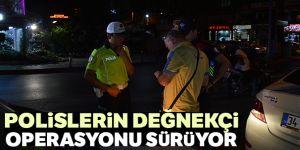 Polislerin değnekçi operasyonu