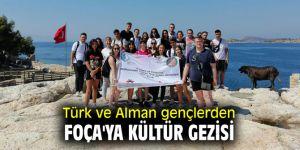 Türk ve Alman gençlerden Foça'ya kültür gezisi