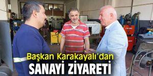 Başkan Karakayalı, Kemalpaşa'da esnafı ziyaret etti!