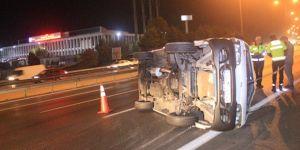 Otomobil kamyona arkadan çarptı! 2 ölü 1 yaralı