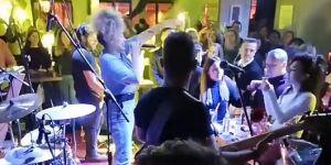 Dilan Çıtak Fethiye'de konser verdi