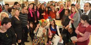 KARİŞKAD özel öğrenciler için yılbaşı balosu düzenledi