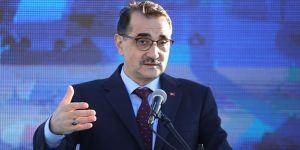Enerji ve Tabii Kaynaklar Bakanı Dönmez'den flaş yerli otomobil açıklaması