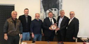 İzmir Bosna Sancak Derneği Başkan Oran'ı ziyaret etti