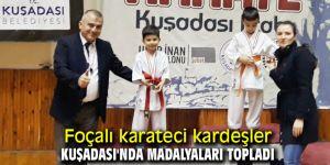 Foçalı karateci kardeşler Kuşadası'nda madalyaları topladı