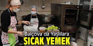Balçova'da Yaşlılara sıcak yemek