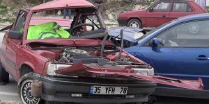 Trafik kazasında 1 ölü, 2 yaralı!