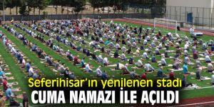 Seferihisar'ın yenilenen stadı açıldı