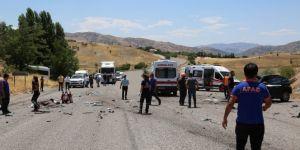 Korkunç kazada 1 ölü, biri bebek 5'i ağır 17 yaralı!