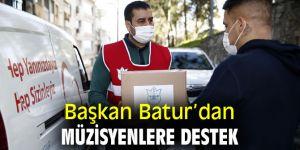 Başkan Batur'dan müzisyenlere destek