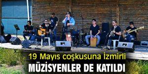19 Mayıs coşkusuna İzmirli müzisyenler de katıldı