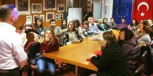 Avrupalı Gençler İşsizlik için İzmir'de Buluştu