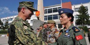 Türkiye'nin ilk kadın generali olacaktı; FETÖ'den gözaltında