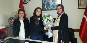 Bayraklı'da Ak Parti ve MHP'li kadın başkanlar buluştu