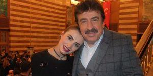 Ahmet Selçuk İlkan Şarkısını Güzel Okuyan Meryem Sevilen'i Kutladı