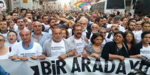Gezi Eylemleri'nin Yıldönümünde İstiklal Caddesinde Toplandılar