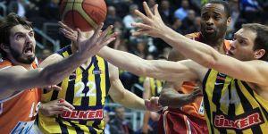 Fenerbahçe Galatasaray Odeabank'ı 7 Puan Farkla Yendi