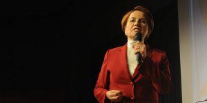 """İlk cumhurbaşkanı adayı """"Meral Akşener"""""""
