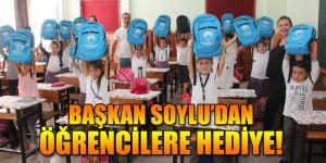 Başkan Soylu'dan Öğrencilere Kırtasiye Seti