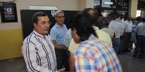 Abdül Batur Belediye Personelinin Bayramını Kutladı