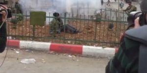 Son dakika! İsrail askerleri engelli gence ses bombası attı...