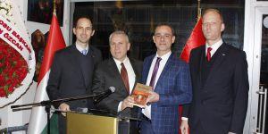 İzmir Macar Dostluk Derneği Karşıyaka'da açıldı